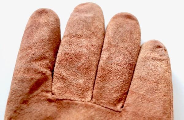 キレイナに出して指の汚れが消えた