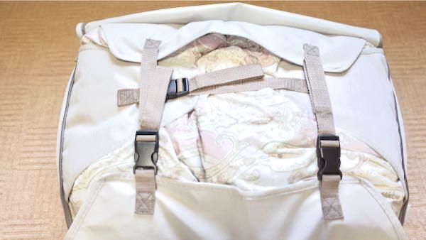 ニトリ布団収納バッグのバックル