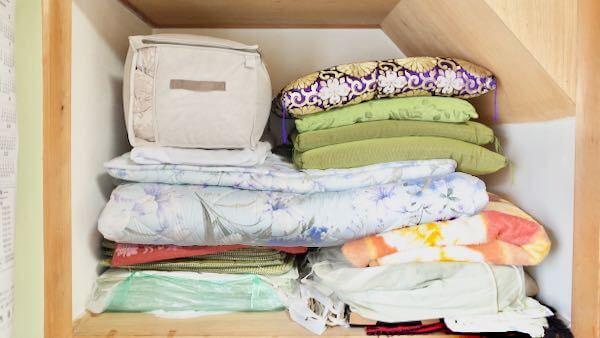 ニトリの布団収納バッグを押入れに入れた様子